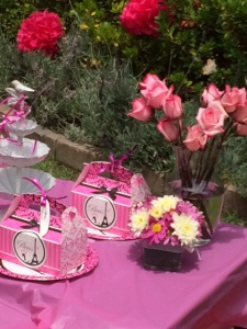 Paris pink and black party decor